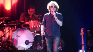 Simply Red - Holding Back The Years - Santiago 29/4/2010