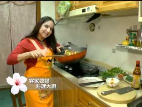台北首位外籍鄰長蕾妮絲