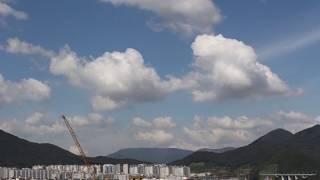 Filmed in Jeonggwan-myeon, Busan, KoreaTimelapse of clouds (taking photos every 2 or 3 seconds) with Gopro hero 2, and SLR camera (Canon 700D).Made by Clifford BeddyMusic: Malmo Sunrise by The 126ers (Youtube Audio Library)https://www.youtube.com/watch?v=7cnfFNCMEek&list=PL93uzrz9f1_QA6xxEeCOpIrowmrUGV5uV&index=29