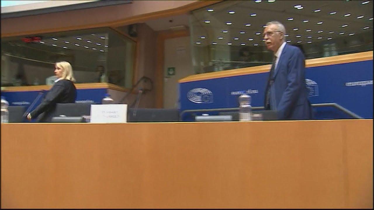 Τις ελληνικές θέσεις σε σχέση με το προσφυγικό ζήτημα παρουσίασε ο Δ. Βίτσας