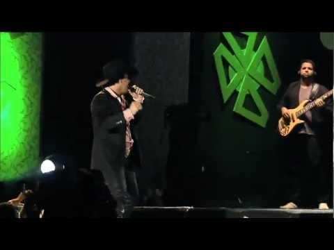 Tekst piosenki Victor e Matheus (part Michel Teló) - Vai Rolar po polsku
