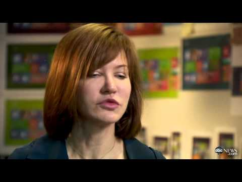 """Meet the Woman Behind the """"New"""" Windows 8 – Video"""