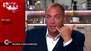 Video Messmer arrive à provoquer un orgasme à sa femme par SMS ! -  Zapping télé du 27 mai 2015 MP3, 3GP, MP4, WEBM, AVI, FLV Mei 2017