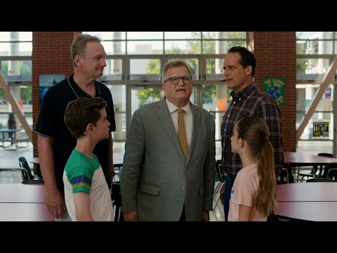 It's a Drew Carey Show Reunion - American Housewife