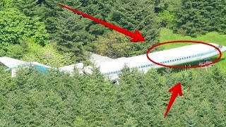 Video Pesawat di Tengah Hutan, Ketika Pintu Dibuka Ternyata Dalamnya Adalah..... Keren Abis!! MP3, 3GP, MP4, WEBM, AVI, FLV Desember 2017