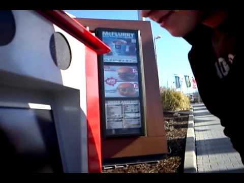 Mc Donalds: Einmal Ficken aber hart! (видео)