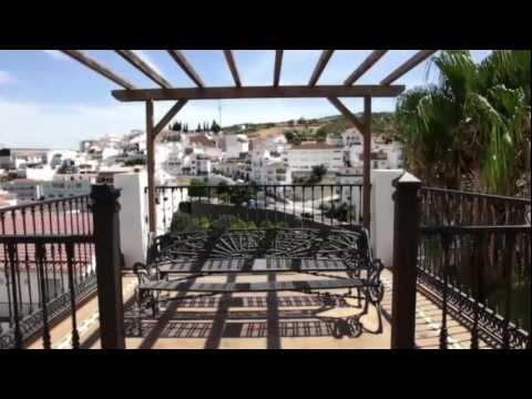 Tolox: Con aires moriscos