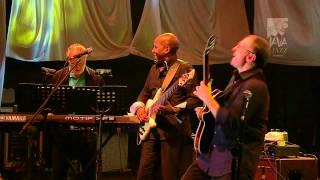 Video FourPlay Java Jazz festival 2011 MP3, 3GP, MP4, WEBM, AVI, FLV April 2019