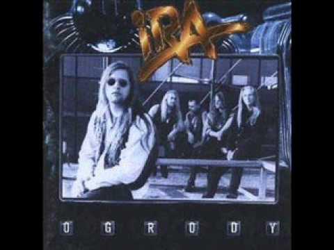 Tekst piosenki IRA - Jeden po polsku