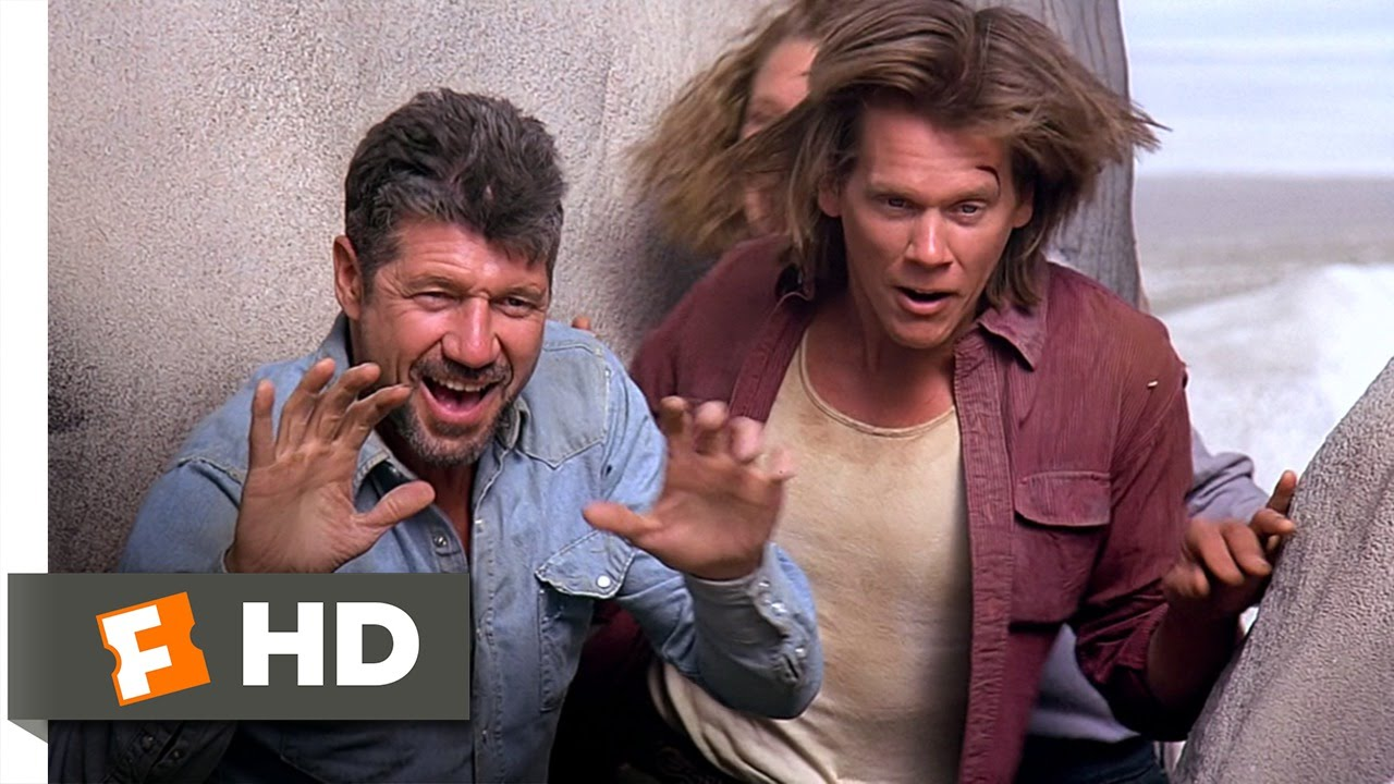 Tremors (9/10) Movie CLIP - Lassoing the Bait (1990) HD