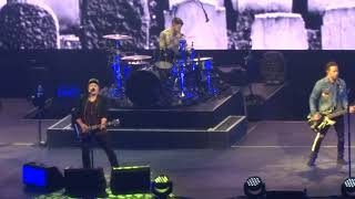 "Video Fall Out Boy - ""Hold Me Tight or Don't"" (Live in San Diego 11-15-17) MP3, 3GP, MP4, WEBM, AVI, FLV Oktober 2018"