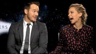 Video Jennifer Lawrence Can't Hide Her Affection For Chris Pratt MP3, 3GP, MP4, WEBM, AVI, FLV Maret 2018