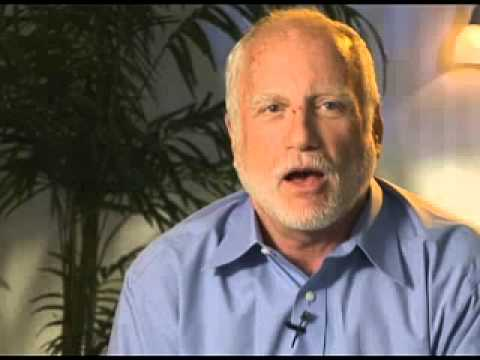 Richard Dreyfuss (Hooper) On JAWS