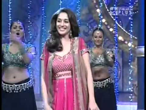 Aaja nachle - Madhuri and Vaibhavi on Nach Baliye.flv nice performance