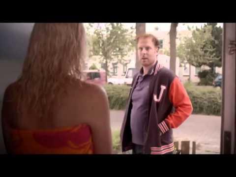 """""""Dam ci 200 euro jak zrzucisz ten ręcznik!"""" Nietypowa propozycja dla pięknej sąsiadki :D"""