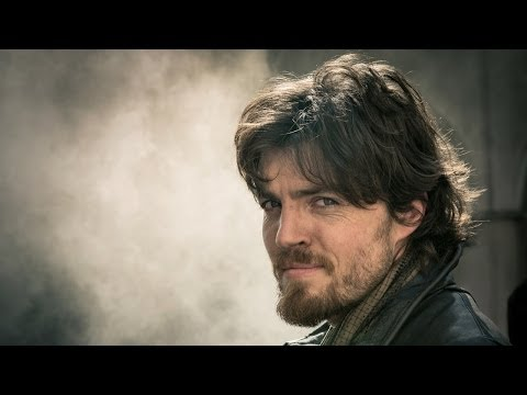 The Musketeers Season 1 (Promo 'Meet Athos')