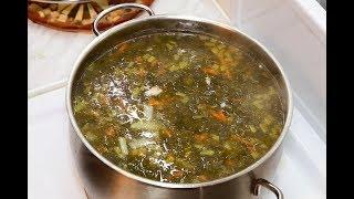 Щавелевый суп с курицей и яйцом. Как готовить вкусный зеленый борщ.