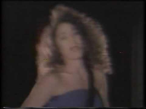 Tatiana - Un Lobo En La Noche lyrics
