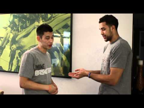 Jeremy Lin and Landry Fields Handshake.