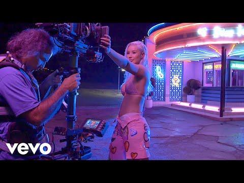 """Iggy Azalea - Behind The Scenes: Iggy Azalea """"In My Defense"""" Album Release Week"""