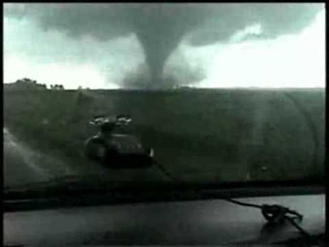 THE MOST AWESOME TORNADO FOOTAGE EVER!! Roanoke part 2.wmv