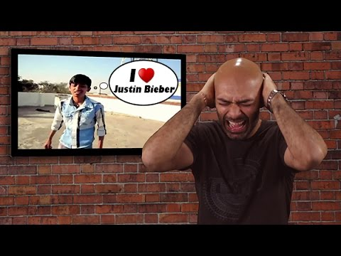 ranbir - Dope - Your Weekly Dose, A Culture Machine & Bollywood Gandu joint. Subscribe to our YouTube channel http://goo.gl/c730uN In this episode Karan Talwar talks about: American Tourist swimming...
