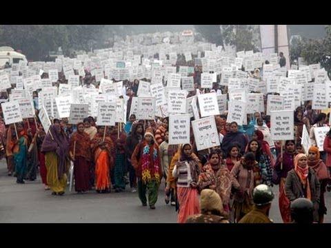 Delhi gang-rape: protests as murderers sentenced to hang