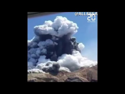 Nouvelle-Zélande: Hommage aux 18 victimes de l'éruption volcanique, une semaine après la catastrophe