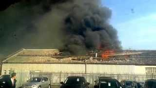 Tamworth United Kingdom  City new picture : Factory Fire In Tamworth (UK) 11/03/2015