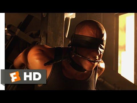 Pitch Black (1/10) Movie CLIP - Dislocated Escape (2000) HD