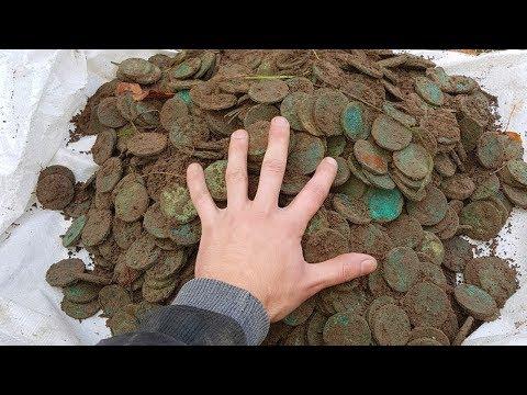 Нашли клад полный чугун монет Екатерины 2, весом 50 кг