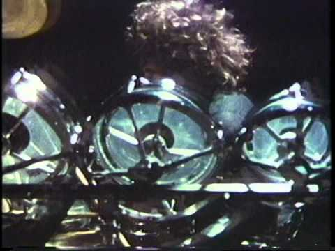 Blue Öyster Cult - Godzilla (Live 1977) (Music Video)