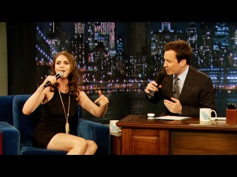Alison Brie Freestyle Raps (Late Night with Jimmy Fallon)