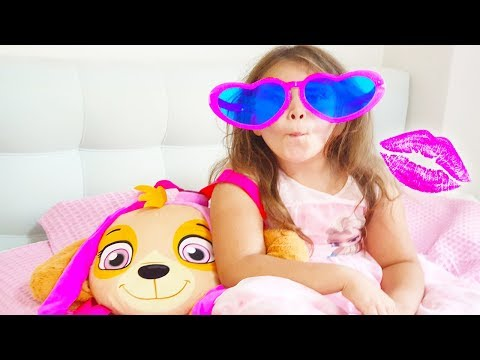 Ali Invited His Sister Adriana To The Cinema,  Funny Video For Kids