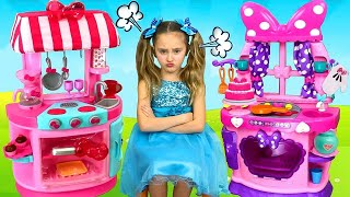 Sasha Chooses Profession and Сooks with Minnie and Kitty Kitchen Toy Set