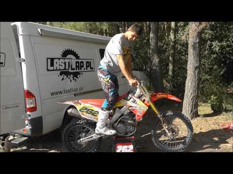 Łukasz Lonka podstawy motocross pozycja na motocyklu trzymanie