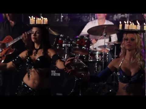 "Alex Skolnick Trio ""Bollywood Jam"" Official Music Video (w bellydancers Erica, Tava, Kazja)"