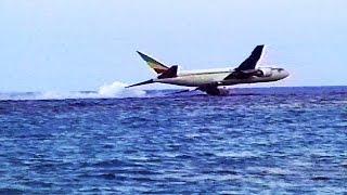 Video Hijacked Plane Disaster - Water Crash Landing MP3, 3GP, MP4, WEBM, AVI, FLV April 2019