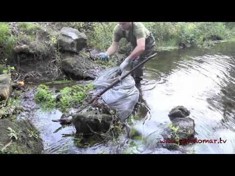 Limpieza en los ríos de Gondomar.