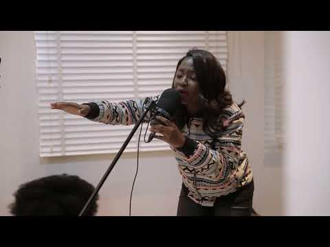 The Gcgt Spontaneous Session At Ty Bello's Feat. Esther Benyeogo And George - A Thousand Tongues