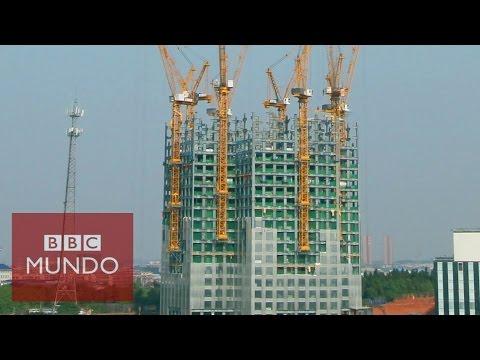 Timelapse: China construye un edificio de 57 pisos en 19 días (видео)