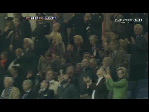strepitoso goal di tacco di ibrahimovic in inter-bologna
