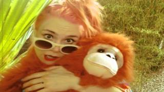 Kate Nash - She Rules - YouTube