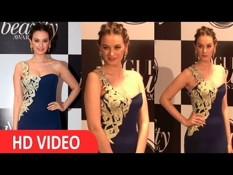Evelyn sharma At Vogue Beauty Awards 2016