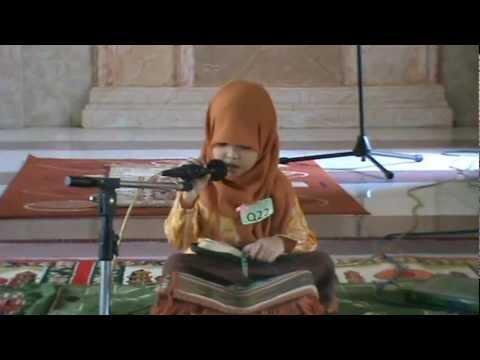tartil - Nisa adalah putri dari Abdul Waris (imam masjid Agung Ummul Quraa Kab. Wajo Sul-sel), nisa belajar mengaji pada umur 3 tahun lebih, hanya 2 bulan (nopember-d...