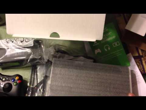 Xbox 360 E 4gb unboxing