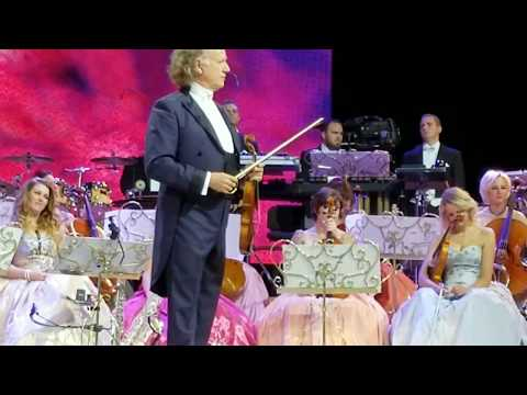 Andre Rieu having fun with the audience and playing America the Beautiful