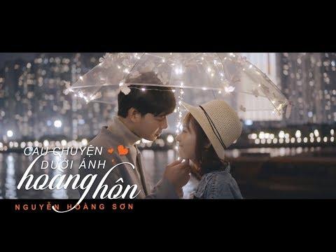 Câu Chuyện Dưới Ánh Hoàng Hôn - Nguyễn Hoàng Sơn 「 Official Music Video」 - Thời lượng: 5 phút, 51 giây.