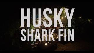 Husky - Shark Fin (Live Session) [Part Two of Three]Taken from their album 'Punchbuzz' available now - http://bit.ly/2qn3YoDHusky performing 'Shark Fin' live at the Elsternwick MansionSunny Leunig: Director / EditorMatt Wood: DOPEd Reiss: CameraYoav Lester: Crane OperatorJoseph Potter: Runner / PAJess Junor: Producer