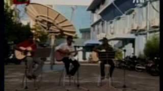 Download Lagu Hiyani (Band) - Beynunvanee Yaaraa (Independence Day 2009) Mp3